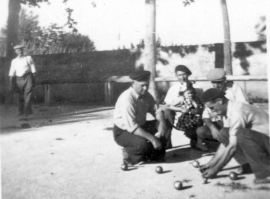 28 partie de boules dans les arenes 1942