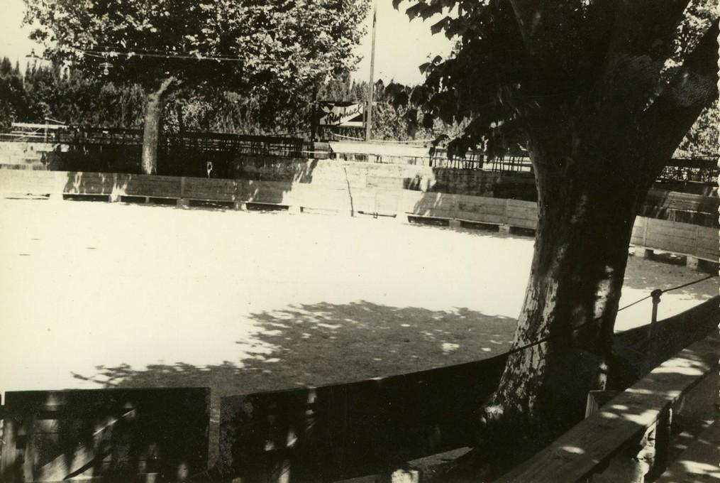 33 arenes en 1966